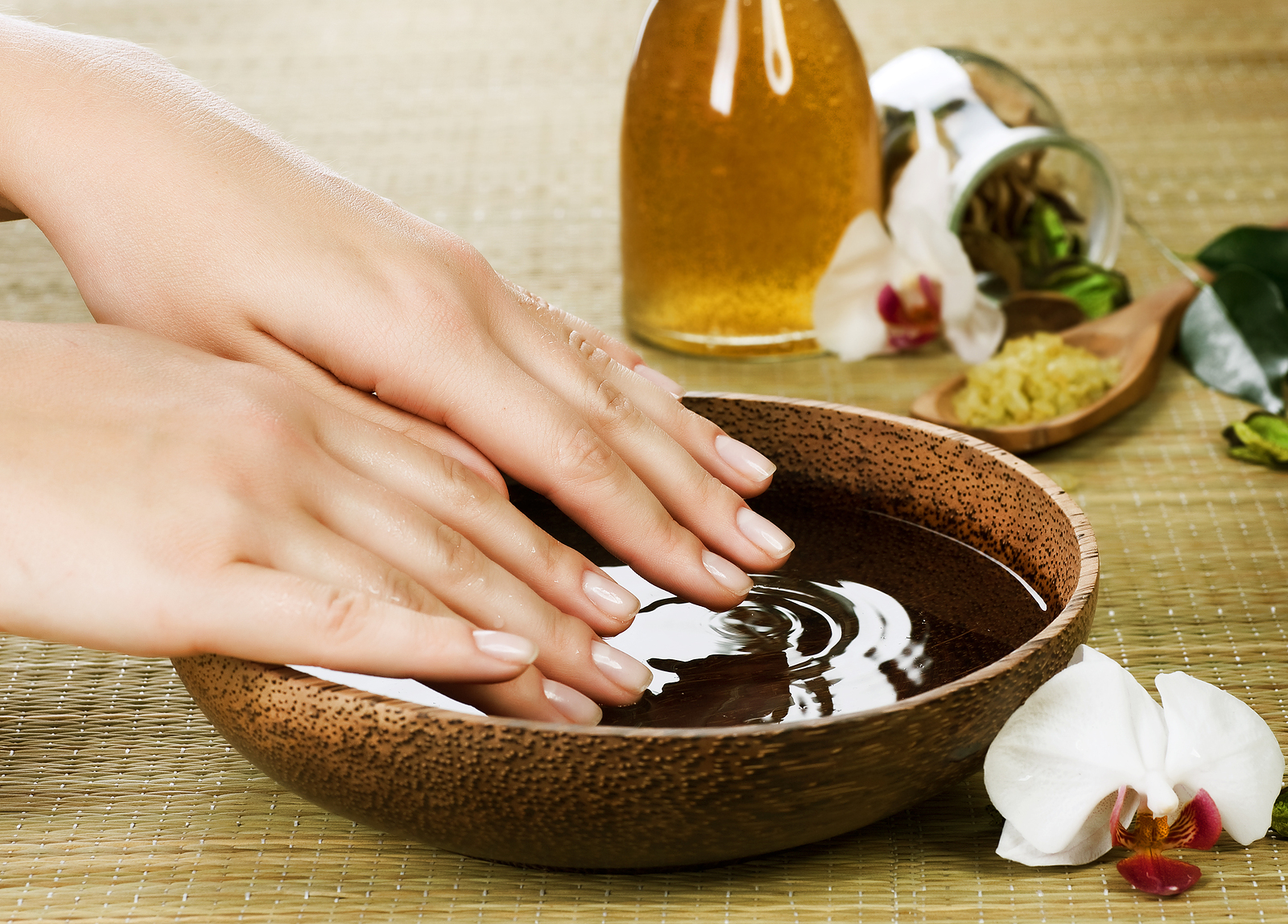 ... : Home » Nail Salon Atlanta Helps You In Taking Care Of Your Nails